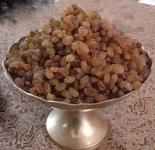 عرضه مرغوبترین انواع کشمش، شیره انگور و خشکبار شمال خراسان
