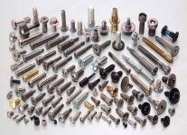 انواع پیچ و مهره ها اتاقی ،استاد بلت ،متری ،ساختمانی ،چوب ،آلن ،انکربولت ،ماشینی ،سرمته و شش گوش با کلاس های متفاوت از آهن تا استیل